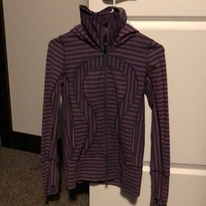 Lulu zip up